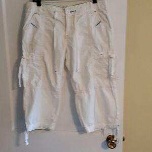 Old Navy brand White Capri Pants